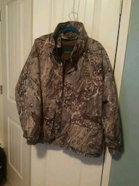 brown and black realtree camouflage jacket Fort Mitchell, 36856