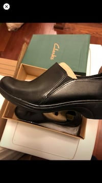 Women' Clark's shoes- only worn once size 9.5 Alexandria, 22315