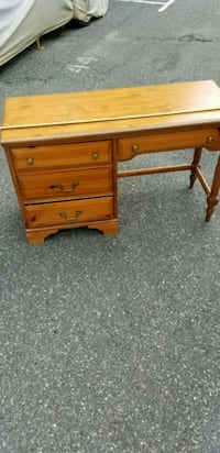brown wooden single pedestal desk Patchogue, 11772