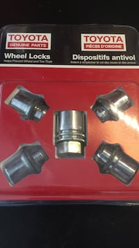 Toyota Wheel locks OEM