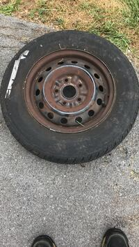 Free Tire & Rim, Curb Alert. 195/70R/14 off a 1999 Toyota Camry. The Rim is good, the Tire has about 60% tread left but Needs Repair must Go today or I will be forced to junk it. I HATE throwing Good Stuff Away if someone can use it. 13509 Olde Mystic Cir Orchard Hills, 21742