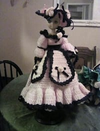 hand knitted dress and hat plactic 617 km