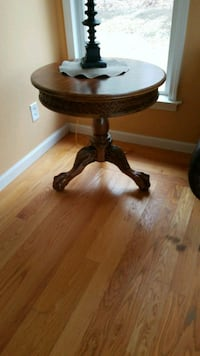 round brown wooden pedestal table 364 mi