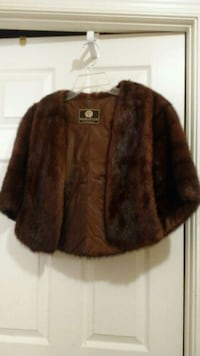 brown and black fur coat Monrovia, 21770