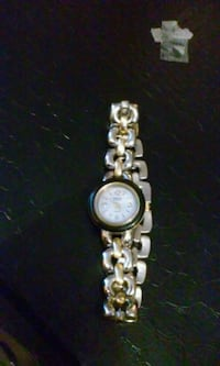 round gold analog watch with link bracelet Coos Bay, 97420