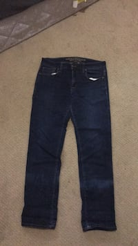 blue denim straight-cut jeans Kelowna, V1Y 3V7