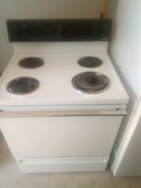 1996 Hotpoint 220v Electric Stove