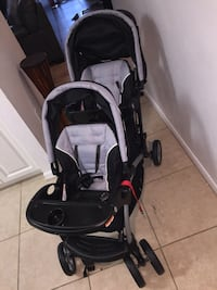 Baby's black and gray double stroller Gainesville, 32605