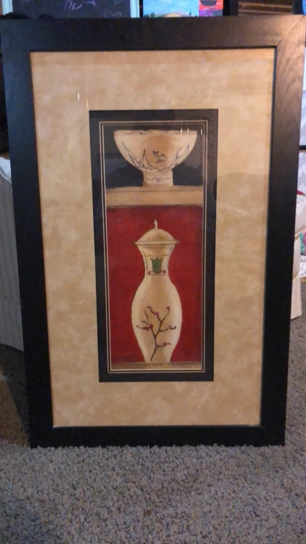 ce5ae8e06 Louisville içinde, ikinci el satılık Brown wooden framed painting of white  and brown ceramic vase - letgo