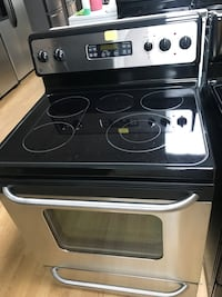 Stainless steel GE glass top electric stove  Woodbridge, 22191