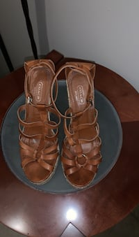 Coach wedges new size 8 Gatineau, J8T 5N7