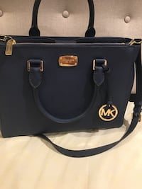 black Michael Kors leather 2-way handbag Surrey, V3R 2E2