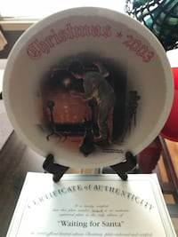 Norman Rockwell Christmas plate collection from 1970 trough 2013 36 km