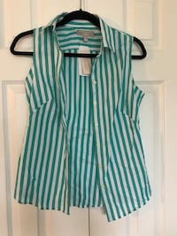 2 brand new banana republic top size 2 Mississauga, L5M 5Y3