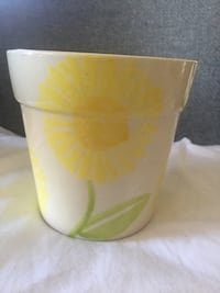 Ceramic flower pot Gaithersburg