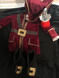 Toddler's Captain Hook costume  Washington, 84780
