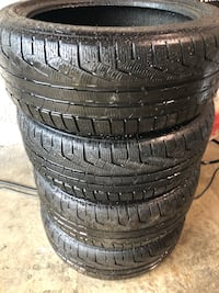 Set of Four Pirelli winter tires very good condition.the size is 225 45 R18 Montréal, H3M