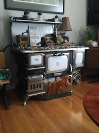 Antique cookstove complete. Sherwood Park, T8A 0C9