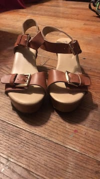 Shoes  size 7 1/2 Omaha, 68112