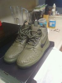 Nike sneaker boots Suitland-Silver Hill, 20746