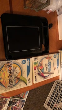 black Nintendo wii udraw with games