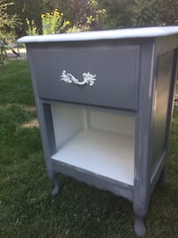 Night Stand - Refinished  Central Okanagan, V4T 1E8