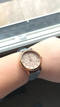 Round gold Fossil watch with leather strap Southampton, 08088
