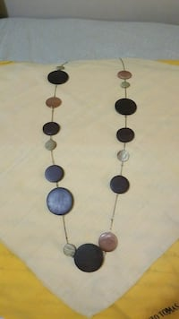 black and brown beaded necklace Calgary, T2X