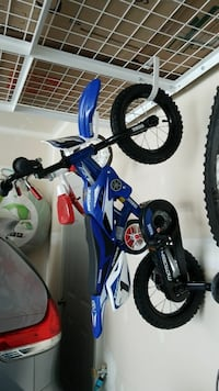 children's blue Yamaha motocross dirt bike toy Ashburn, 20148