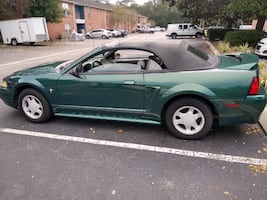 2000 Ford Mustang V6 Automatic