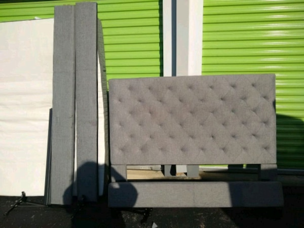 Beautiful Queen head and foot board with slats and