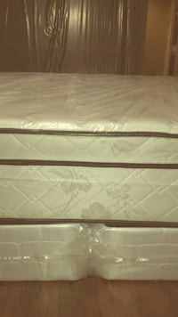 King bed new pillow top can deliver  Saint Petersburg, 33713