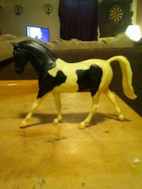 Authentic Breyer Horse Figurine Frederick, 21703