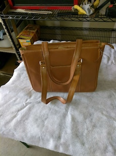 women's brown leather tote bag
