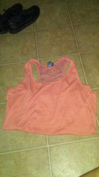 pink scoop-neck sleeveless top Winnipeg, R2L 0P8