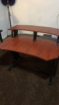 Studio desk! 2 tier, great for music or gamers!