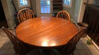 Solid wood round table & chairs Woodbridge, 22192
