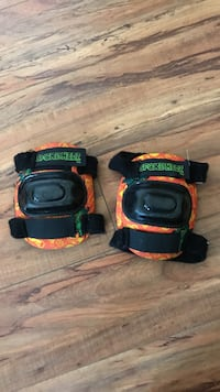 Kids knee pads  Langley, V2Z 2B5
