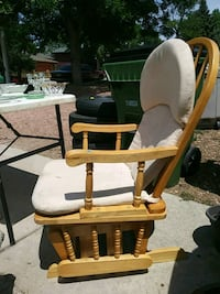Rocking chair w/ foot rest Colorado Springs, 80918