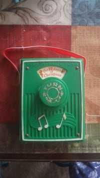 Vintage Fisher Price 12 Days of Christmas Pocket Radio. WORKS!!