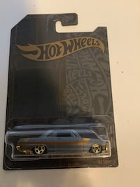 Hot wheels satin and gold 1963 Chevrolet Chevy chevelle diecast car