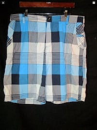 Lululemon 38 men's shorts blue white black plaid Hamilton, L8L 7N2