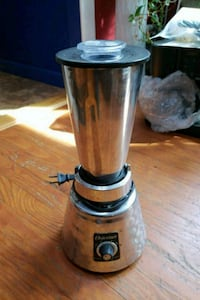 Osterizer classic De*Luxe blender Northport, 11768