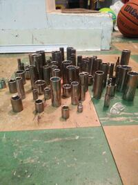 Carftsman Metric and SAE sockets Waltham, 02453