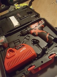 milwaukee M12 Sola, 4054