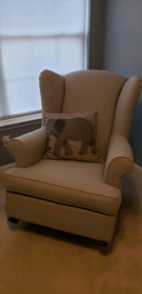 Pottery Barn light Grey Nursery rocking chair  Columbia, 21046