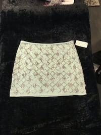 Sequin skirt - never worn - size lg