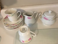 Tea set: only includes 5 saucers, 2 tea cups, cream and sugar - $15 Mississauga, L5L 5P5