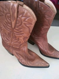 boots size 8m
