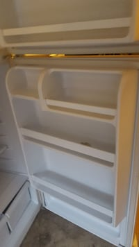 white top-mount refrigerator Ajax, L1S 7S6